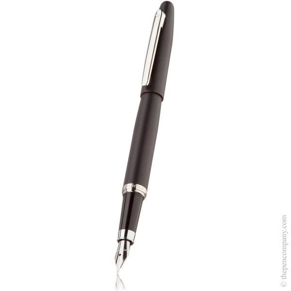Matt Black Sheaffer VFM Fountain Pen - Medium