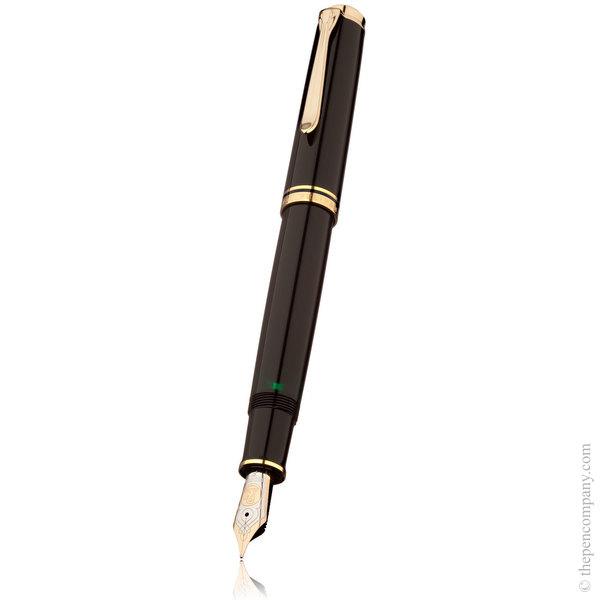 Black Pelikan Souverän M800 Fountain Pen - Medium