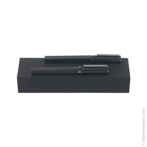 Hugo Boss Bauhaus Fountain and Rollerball Set Set